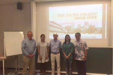 Frans Seda Foundation - Twin Scholarship 2016